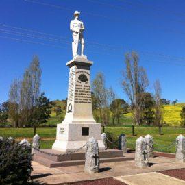 War Memorial at Bonnie Doon