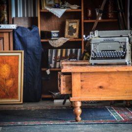 Vintage Traders Emporium Mansfield Victoria - Vintage