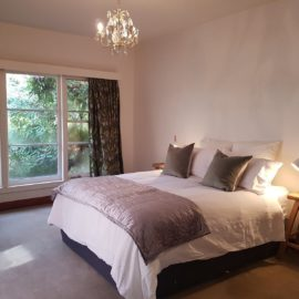 Stay in the heart of the beautiful High Country town of Mansfield in Victoria